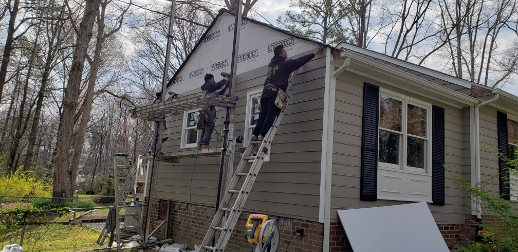 Carpentry and Siding repair (prefinished James Hardieplank)